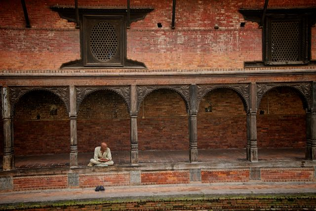 Waiting to die - Kathmandu, Nepal